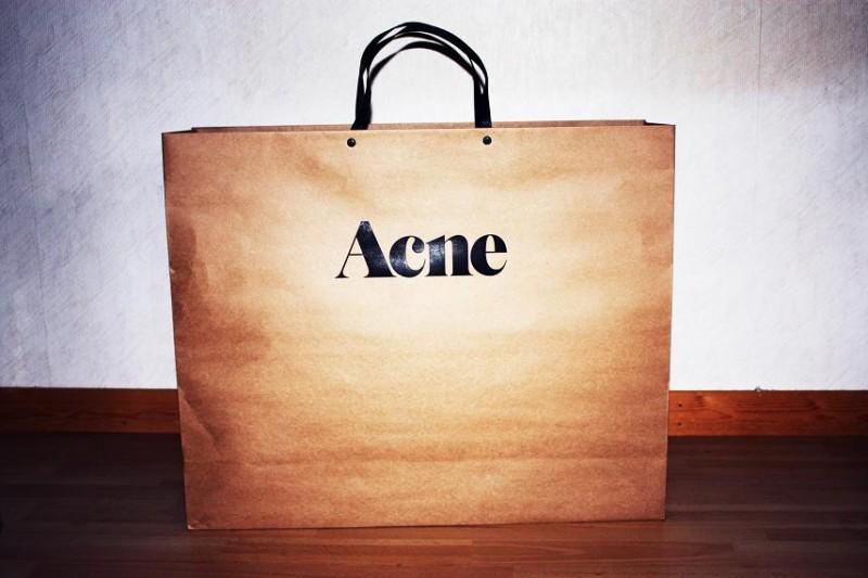 Acne.bag